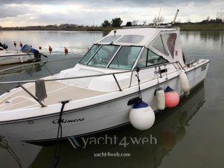 Tiara-yacht 2500 cuddy